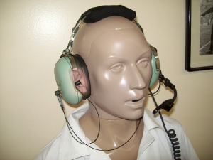 tanager-under-headset